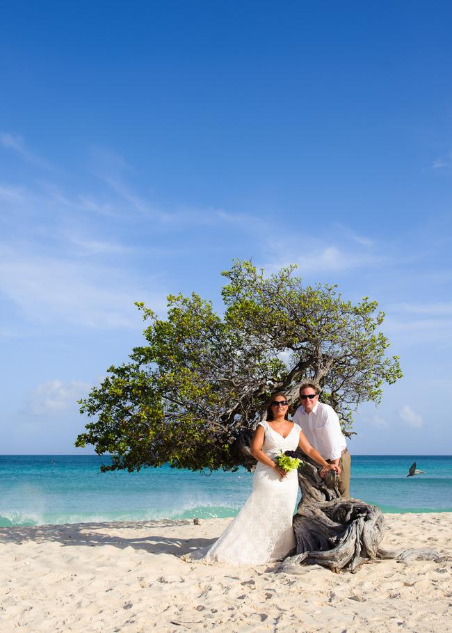 andrea-aruba-trash-dress-wedding_0005