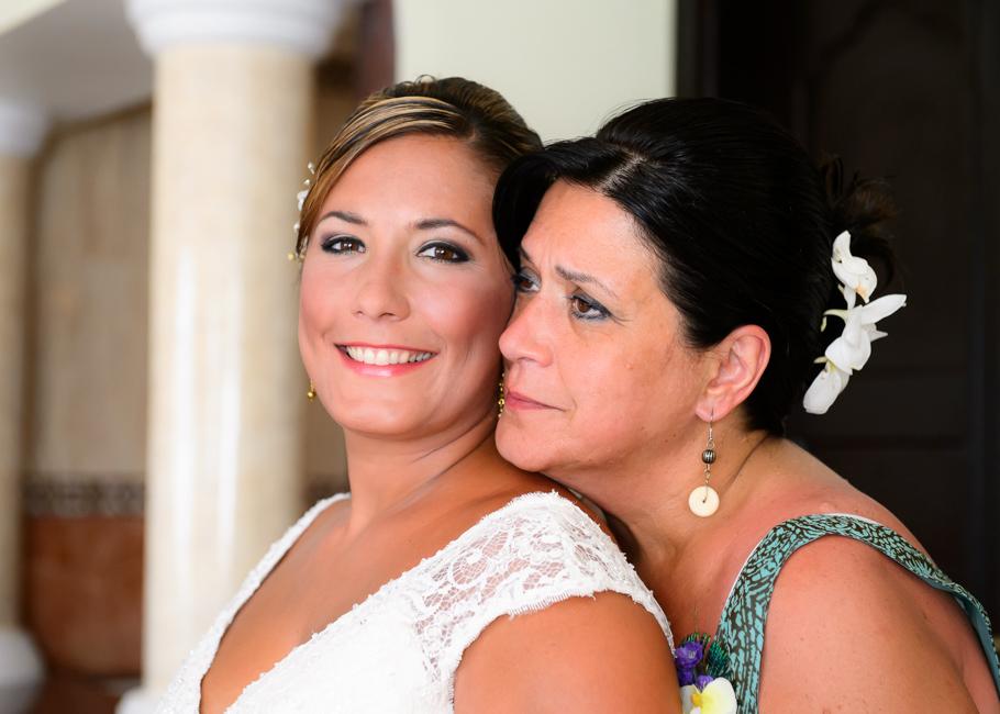 andrea-riu-palace-aruba-wedding_0005