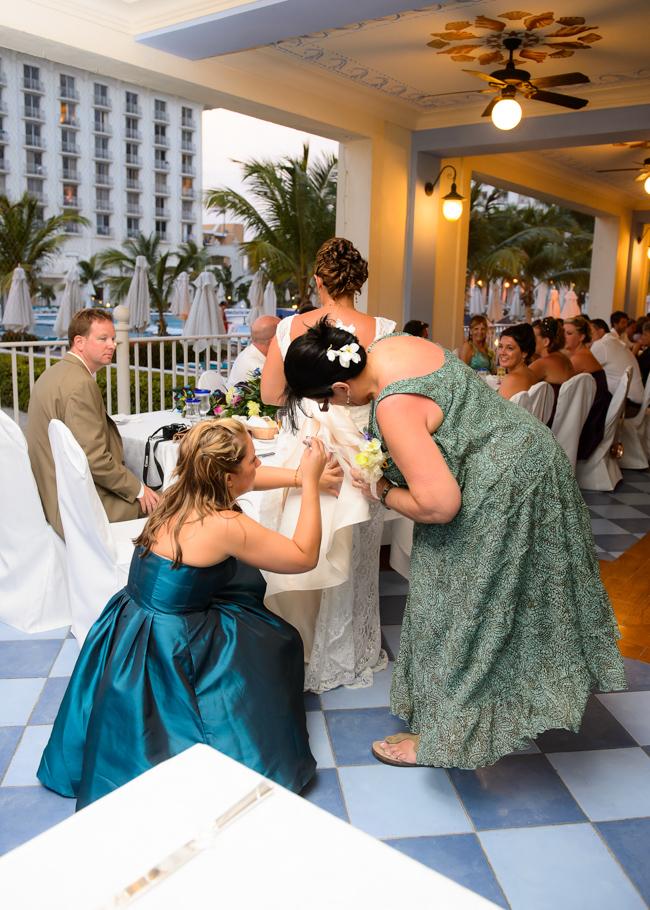 andrea-riu-palace-aruba-wedding_0038