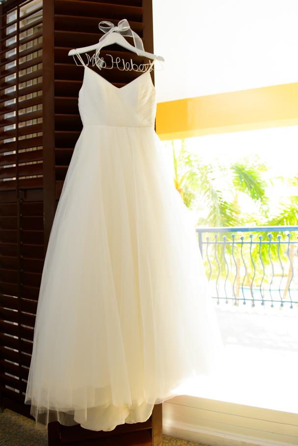 christa-radisson-aruba-wedding-001