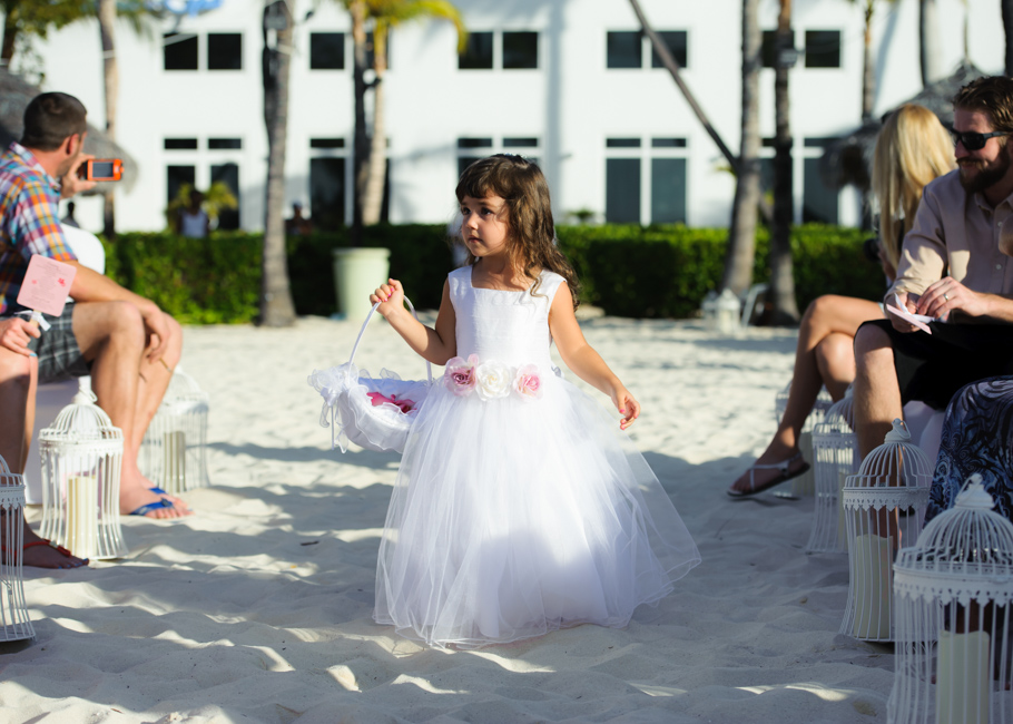 christa-radisson-aruba-wedding-022