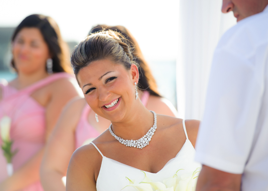 christa-radisson-aruba-wedding-027