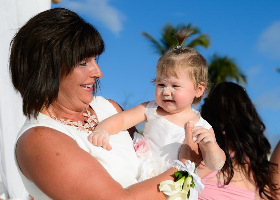 christa-radisson-aruba-wedding-029