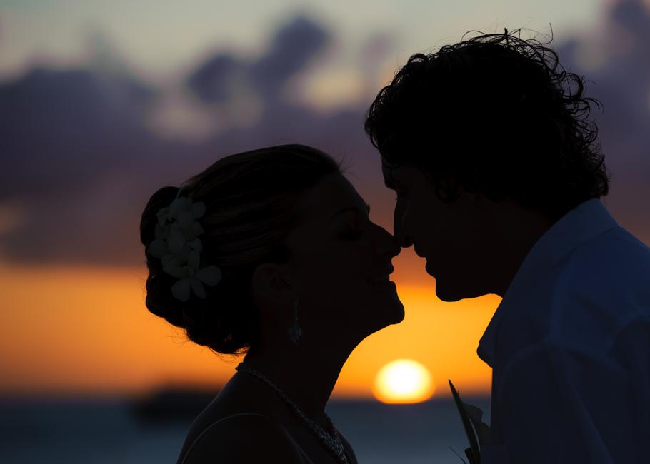 christa-radisson-aruba-wedding-041