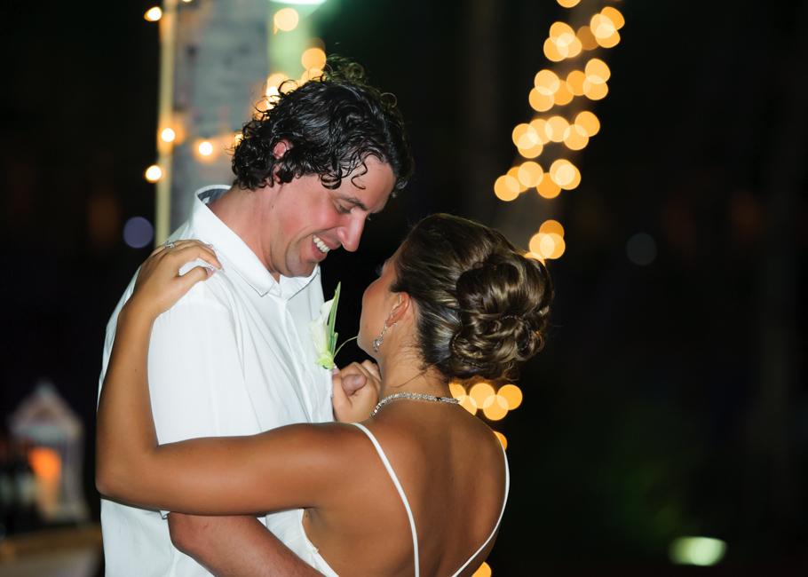 christa-radisson-aruba-wedding-051