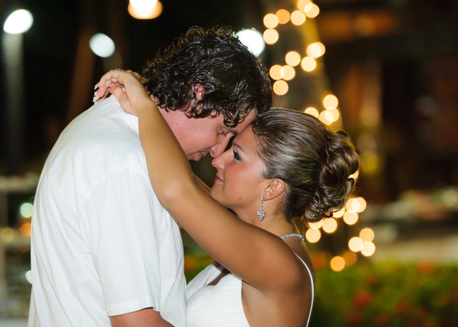 christa-radisson-aruba-wedding-052