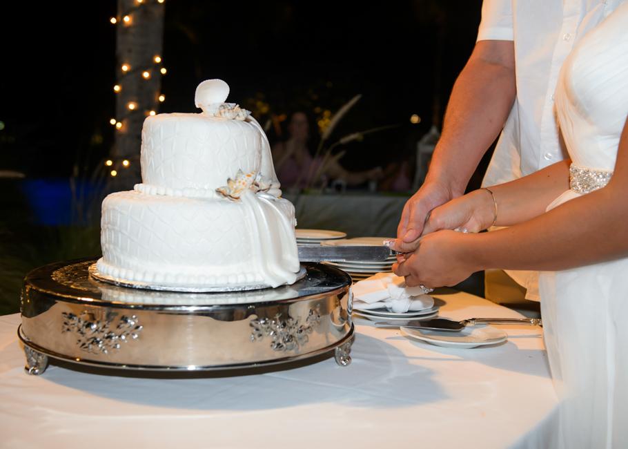 christa-radisson-aruba-wedding-053