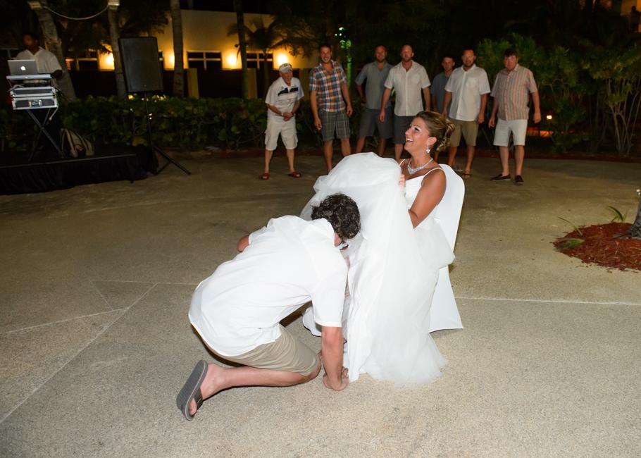christa-radisson-aruba-wedding-064
