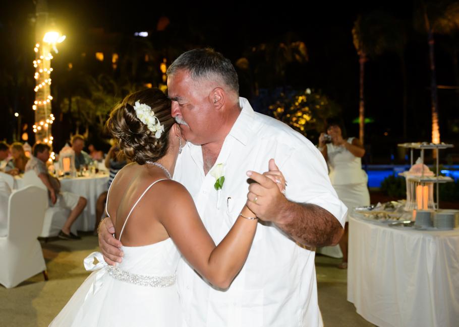 christa-radisson-aruba-wedding-065