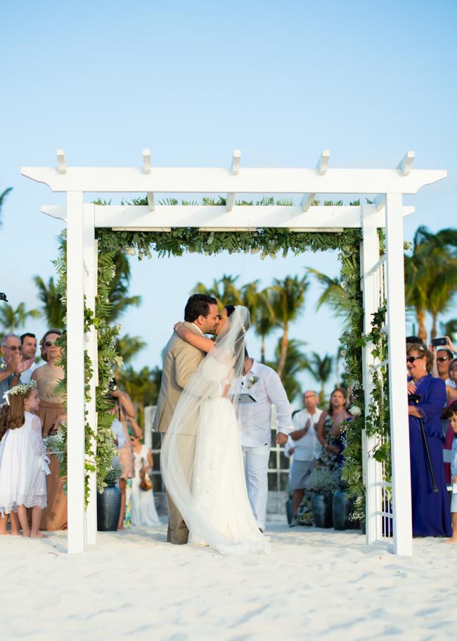 karime-radisson-aruba-wedding-032