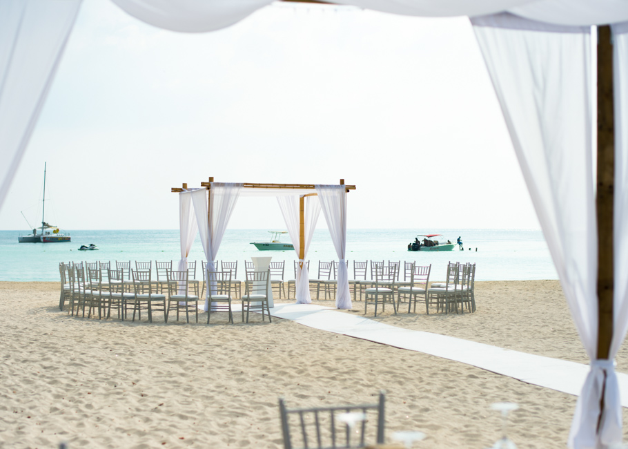 kathya-ritz-carlton-aruba-wedding_0011