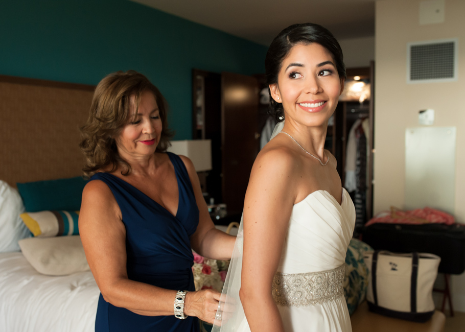 kathya-ritz-carlton-aruba-wedding_0021