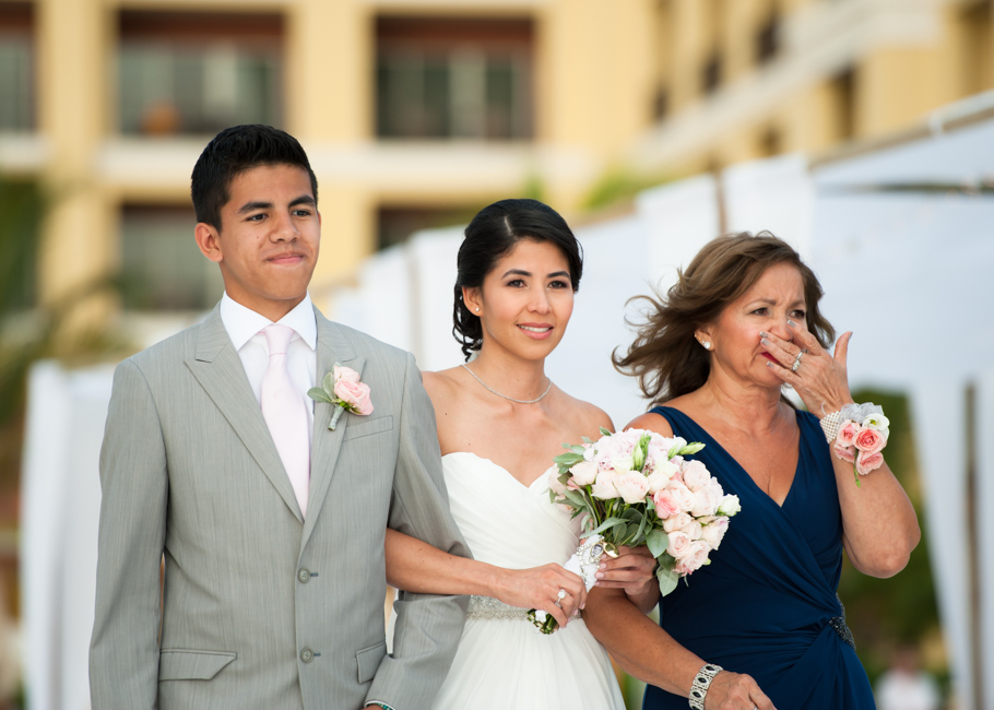 kathya-ritz-carlton-aruba-wedding_0036