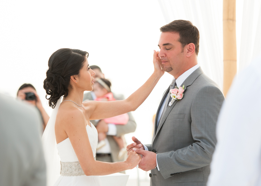 kathya-ritz-carlton-aruba-wedding_0037