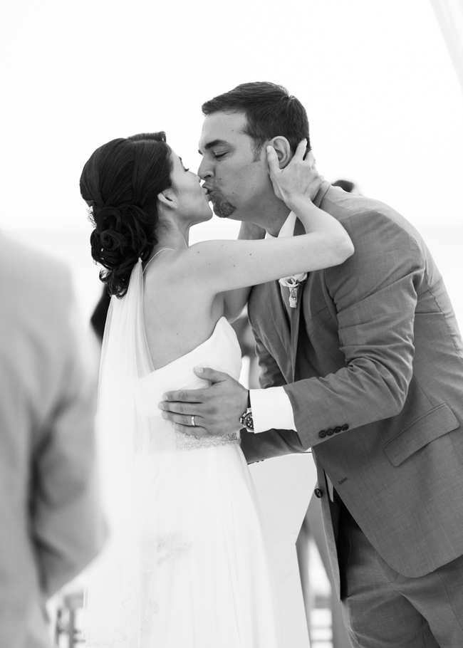 kathya-ritz-carlton-aruba-wedding_0046