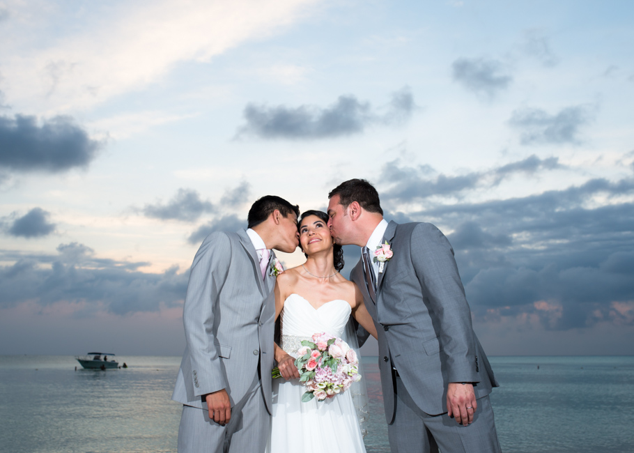 kathya-ritz-carlton-aruba-wedding_0052