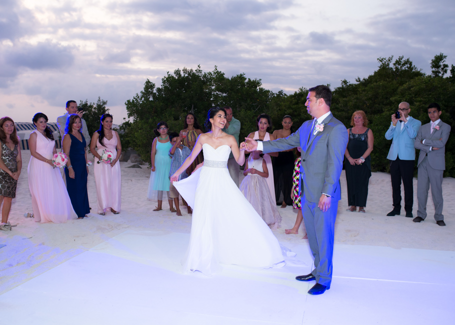 kathya-ritz-carlton-aruba-wedding_0054