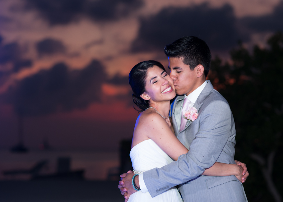 kathya-ritz-carlton-aruba-wedding_0060