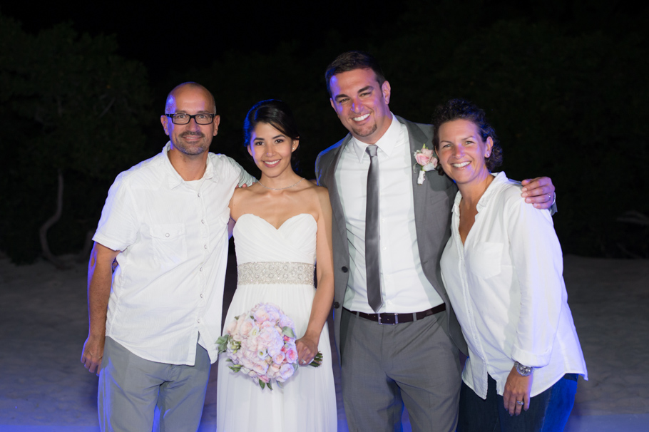 kathya-ritz-carlton-aruba-wedding_0061