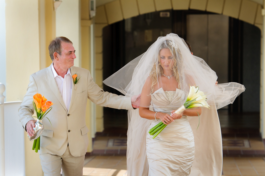 kerry-riu-aruba-wedding-008