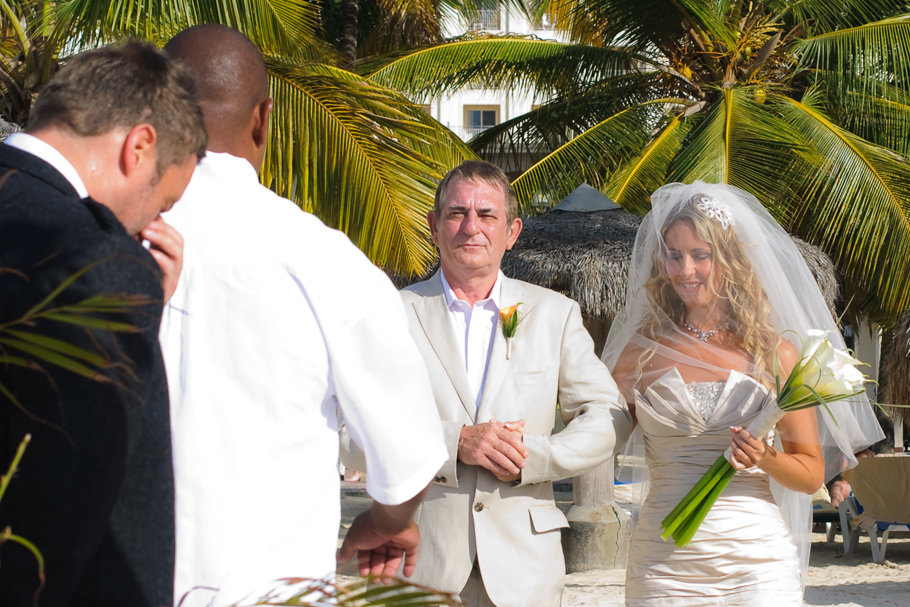 kerry-riu-aruba-wedding-010