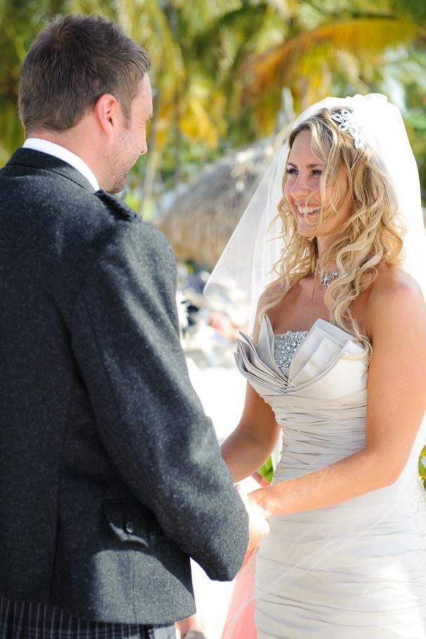kerry-riu-aruba-wedding-015