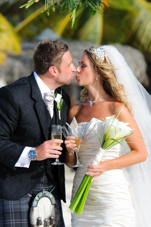 kerry-riu-aruba-wedding-021
