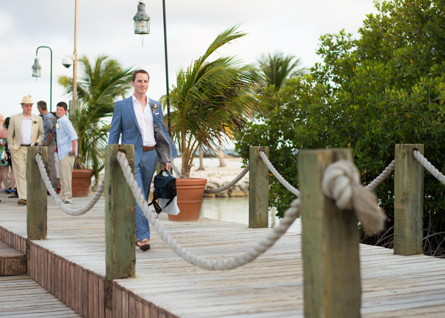 paula-renaissance-island-wedding-009