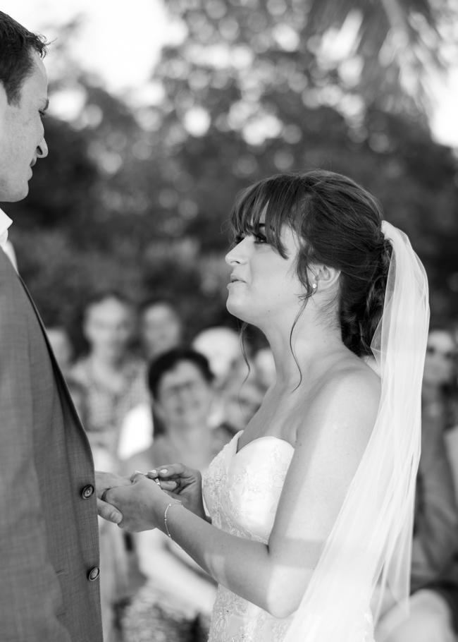 paula-renaissance-island-wedding-031