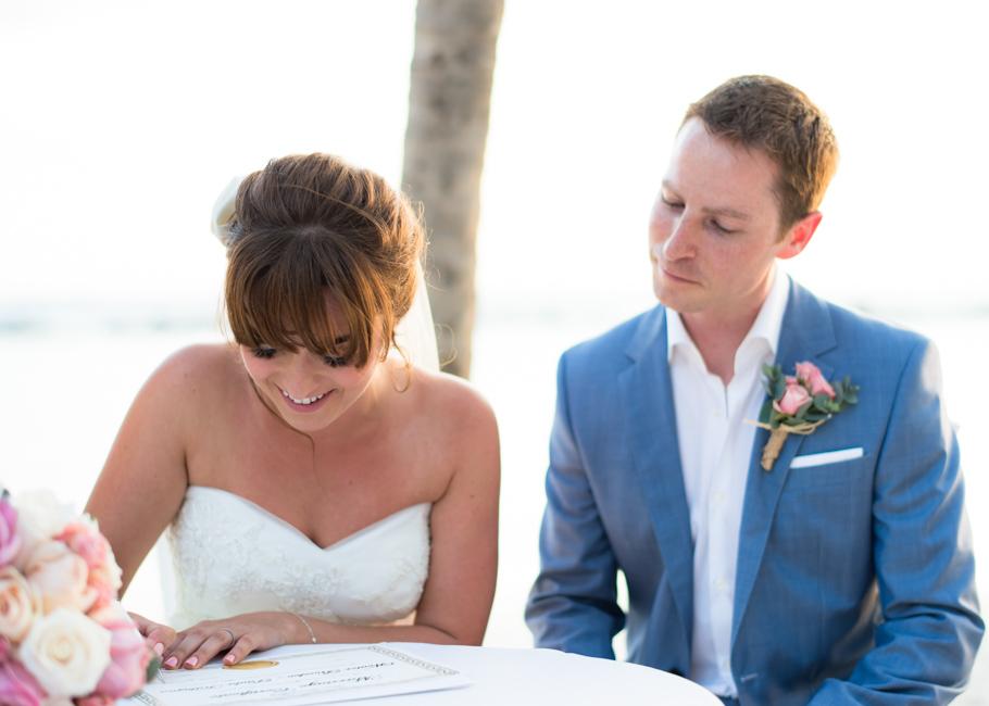 paula-renaissance-island-wedding-036