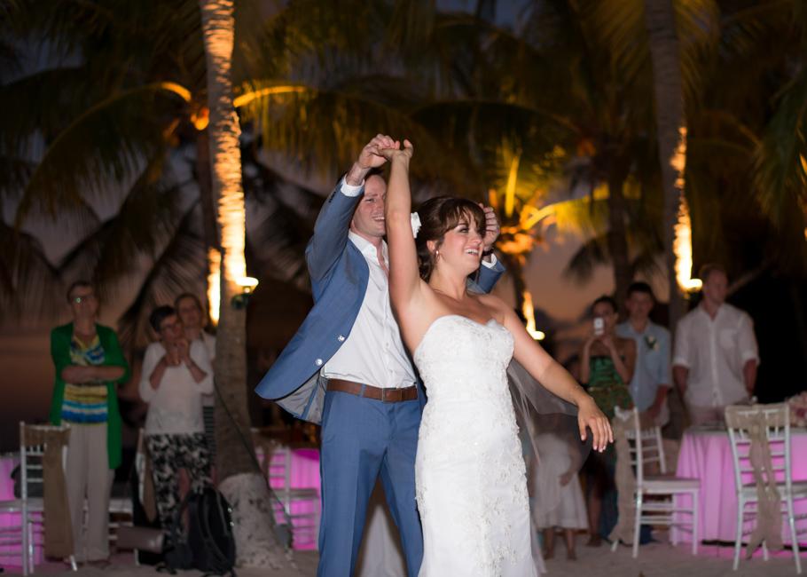 paula-renaissance-island-wedding-056