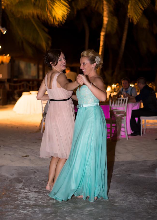 paula-renaissance-island-wedding-072