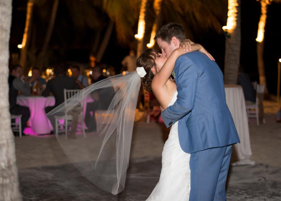 paula-renaissance-island-wedding-074