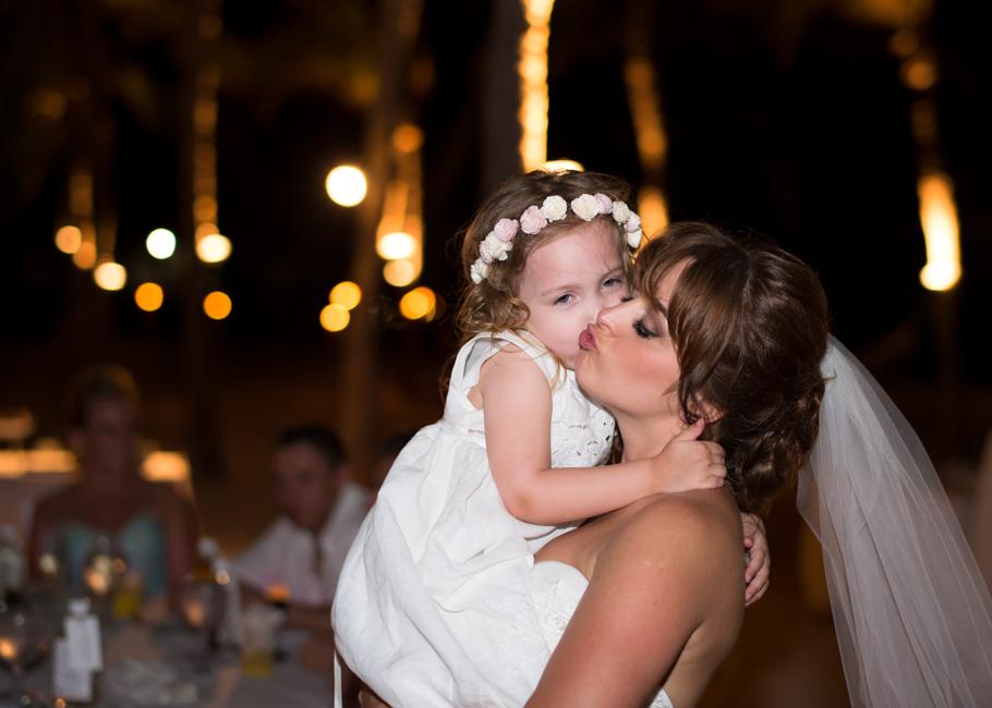 paula-renaissance-island-wedding-075