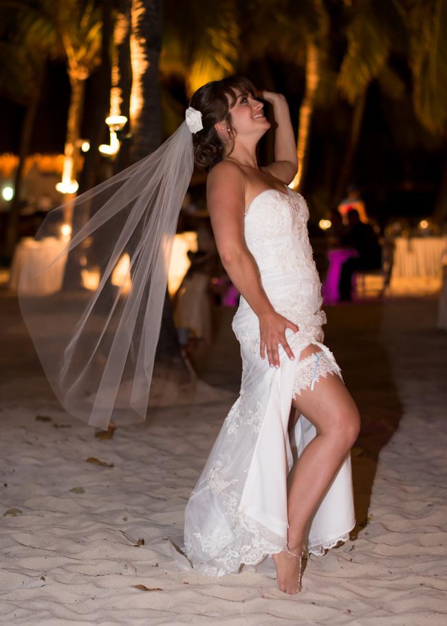 paula-renaissance-island-wedding-076