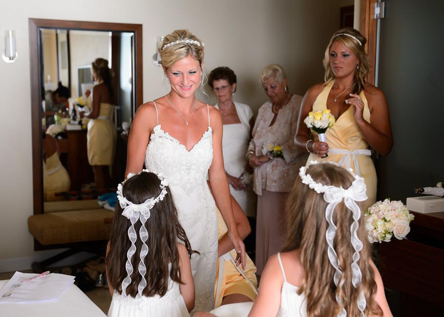 sara-hyatt-aruba-wedding-007
