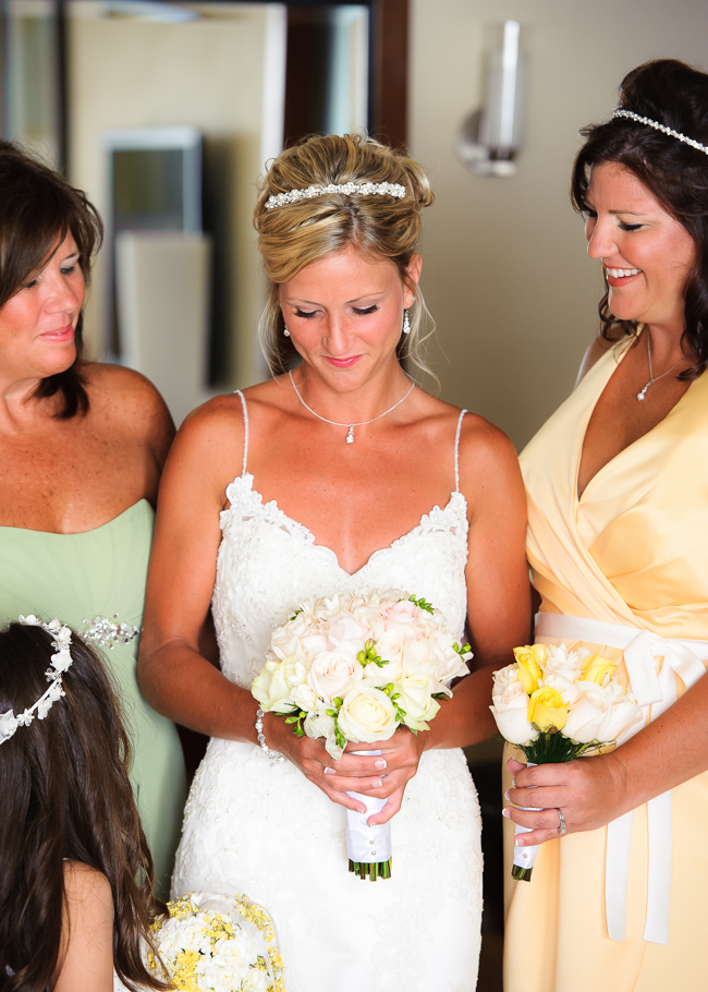 sara-hyatt-aruba-wedding-012