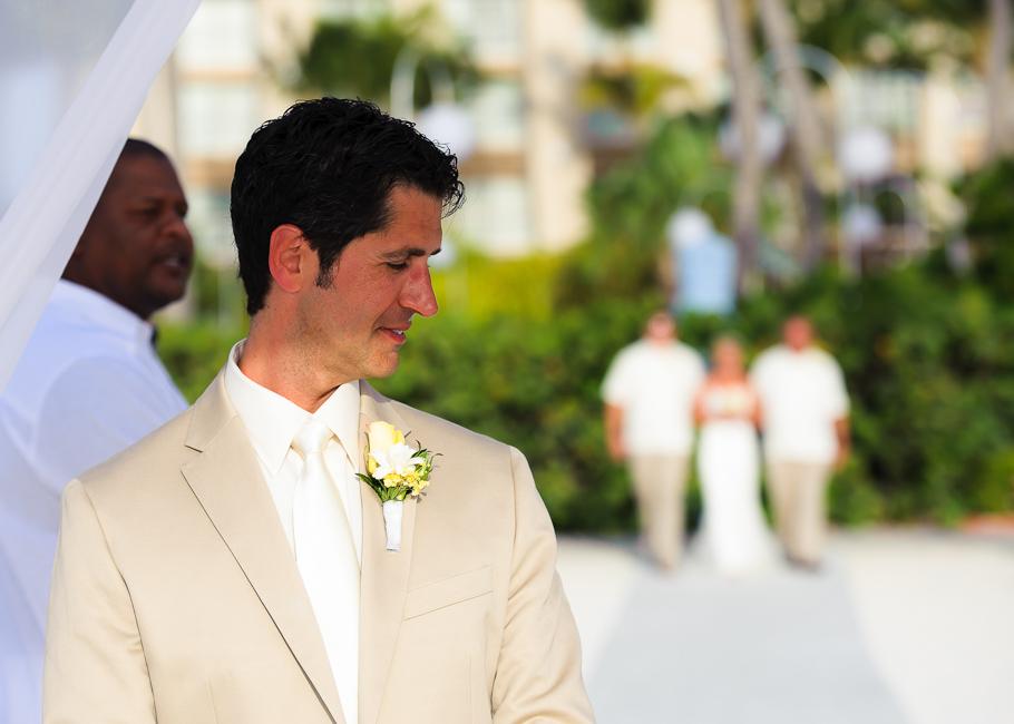 sara-hyatt-aruba-wedding-019