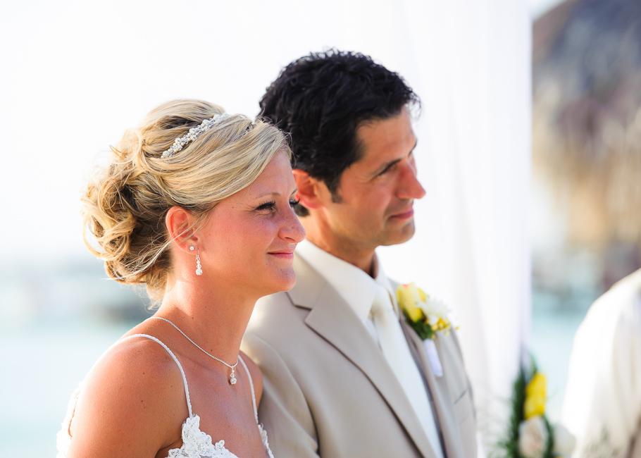 sara-hyatt-aruba-wedding-022