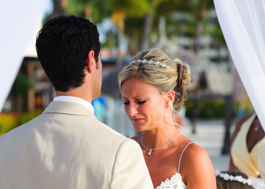 sara-hyatt-aruba-wedding-028