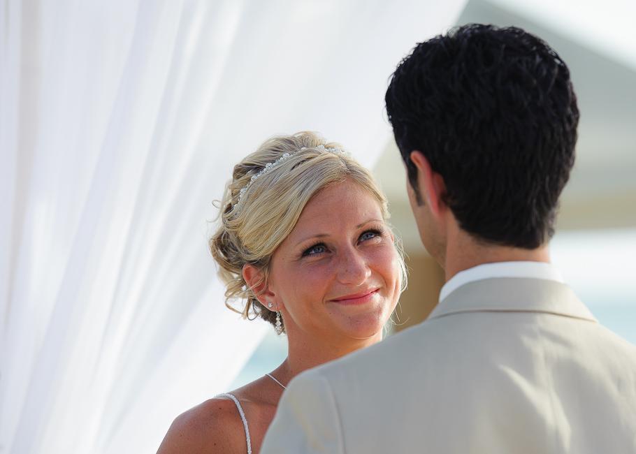 sara-hyatt-aruba-wedding-029