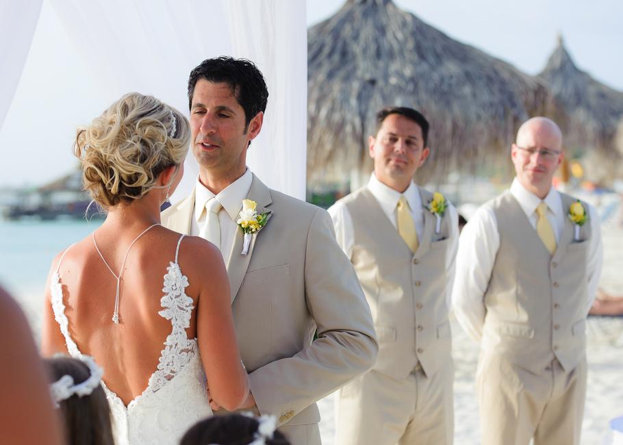 sara-hyatt-aruba-wedding-030