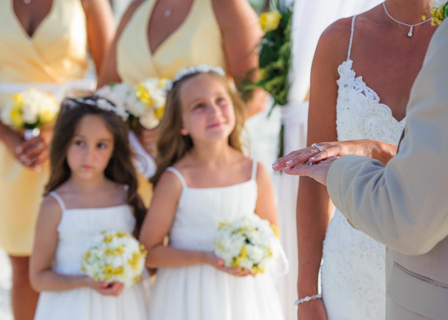 sara-hyatt-aruba-wedding-034