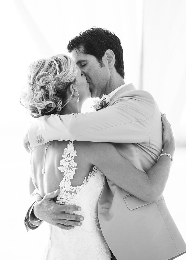 sara-hyatt-aruba-wedding-035