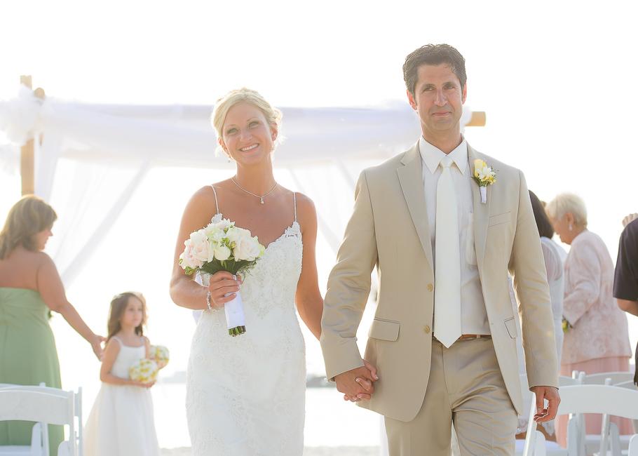 sara-hyatt-aruba-wedding-037