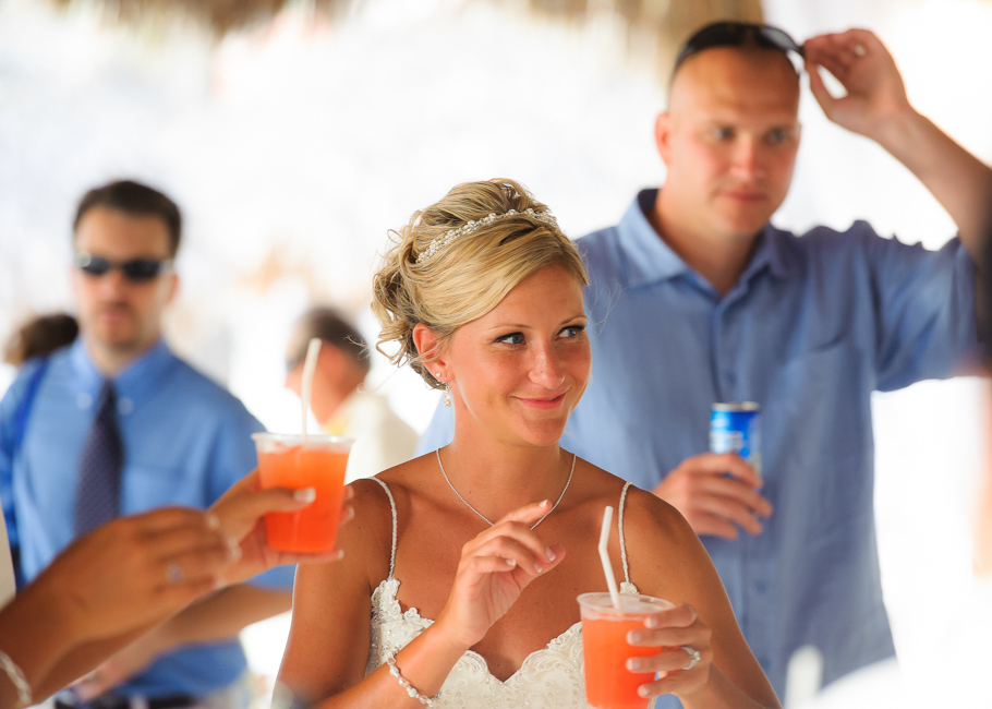 sara-hyatt-aruba-wedding-040