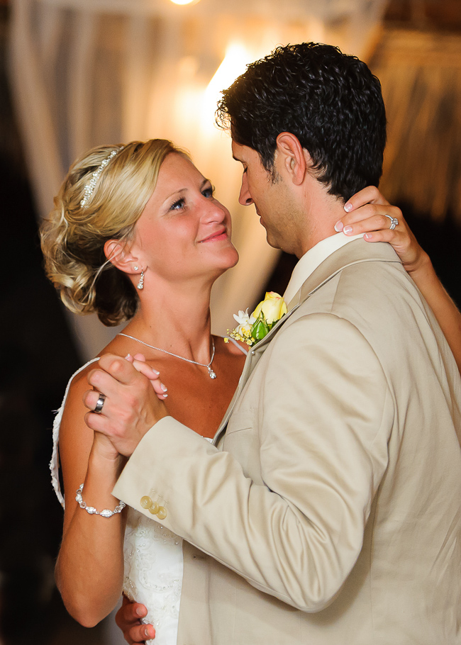 sara-hyatt-aruba-wedding-055