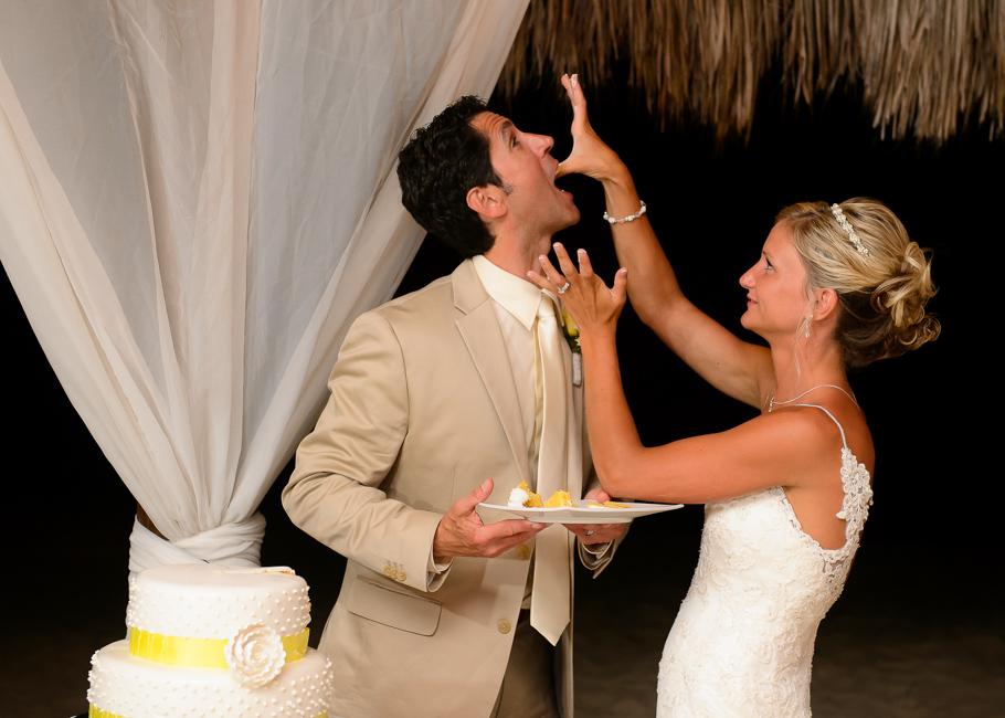 sara-hyatt-aruba-wedding-064