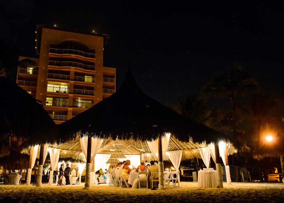 sara-hyatt-aruba-wedding-079