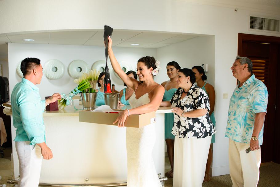 priscilla-radisson-aruba-wedding_0018